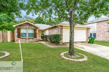 3808 Summer Hill Drive 3 Beds House for Rent Photo Gallery 1