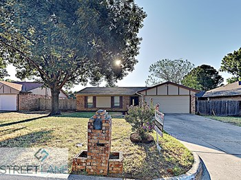 5717 Cedar Ridge Drive 3 Beds House for Rent Photo Gallery 1