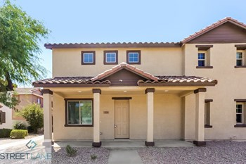 929 E. Agua Fria Ln 4 Beds House for Rent Photo Gallery 1