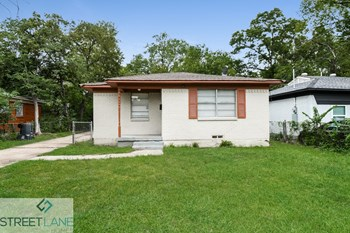 8707 Slay 3 Beds House for Rent Photo Gallery 1