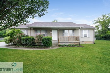 2414 Willow Drive 4 Beds House for Rent Photo Gallery 1