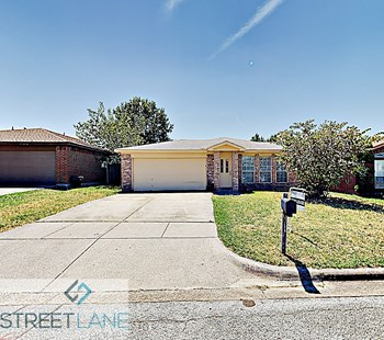 214 Colt Lane 3 Beds House for Rent Photo Gallery 1