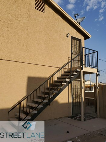 1441 S 14Th Ave Unit C 2 Beds House for Rent Photo Gallery 1