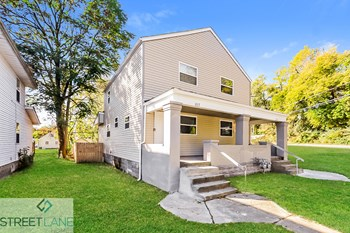 2117 Margaret Ave 2 Beds House for Rent Photo Gallery 1