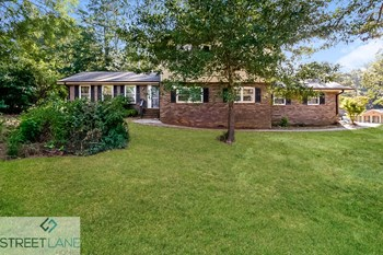 2531 Country Club Drive SE 4 Beds House for Rent Photo Gallery 1