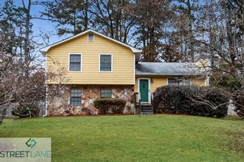 3773 Ferncliff Road 3 Beds House for Rent Photo Gallery 1