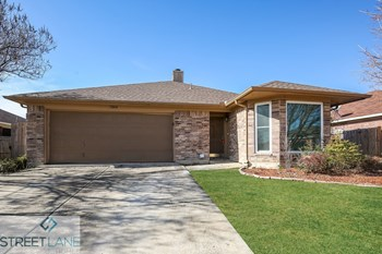 7204 Harris Meadows 3 Beds House for Rent Photo Gallery 1