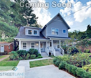 2022B Greenwood Circle 3 Beds House for Rent Photo Gallery 1