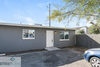 1545 W Tonto Street Unit 5 2 Beds House for Rent Photo Gallery 1