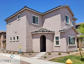 1720 W Pollack St 4 Beds House for Rent Photo Gallery 1