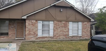 6810 W Fuqua Dr 2 Beds House for Rent Photo Gallery 1