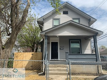 2710 Palmetto St 2 Beds House for Rent Photo Gallery 1