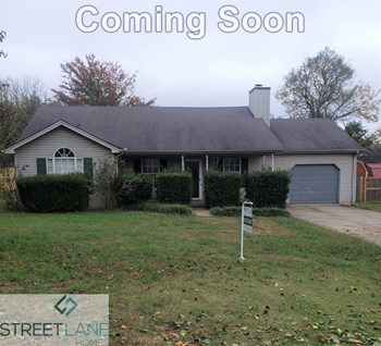 209 Blue Lake Lane 3 Beds House for Rent Photo Gallery 1