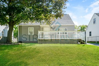 3420 Medina 3 Beds House for Rent Photo Gallery 1