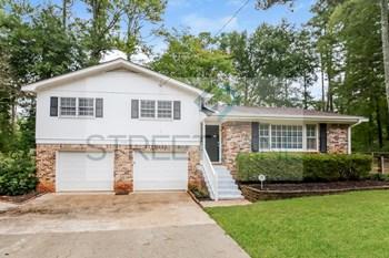 3150 Ebenezer Rd NE 3 Beds House for Rent Photo Gallery 1