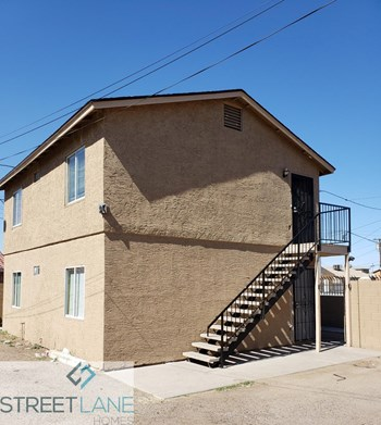 1444 S 13Th Ave Unit 3 2 Beds House for Rent Photo Gallery 1