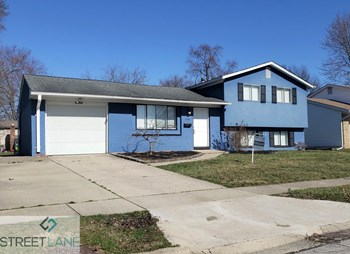 5040 Labelle Dr 3 Beds House for Rent Photo Gallery 1