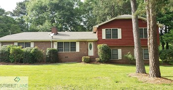 2137 HARTRIDGE DRIVE 3 Beds House for Rent Photo Gallery 1