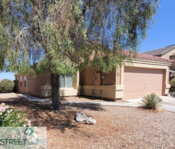 23763 N DESERT Drive 3 Beds House for Rent Photo Gallery 1