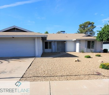 6045 W CAROL ANN Way 3 Beds House for Rent Photo Gallery 1