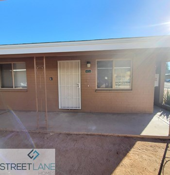931 N Orange Unit A 2 Beds House for Rent Photo Gallery 1