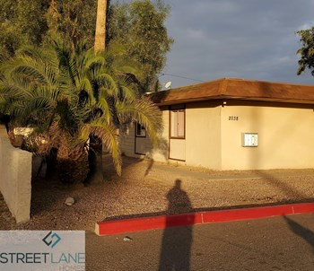 2038 W Cactus Rd, Unit D 2 Beds House for Rent Photo Gallery 1