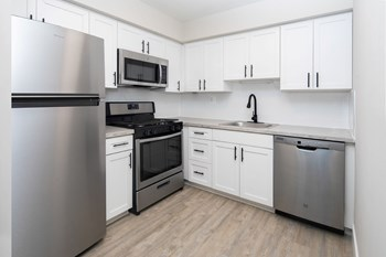 10825 E. Keswick Rd 1-2 Beds Apartment for Rent Photo Gallery 1