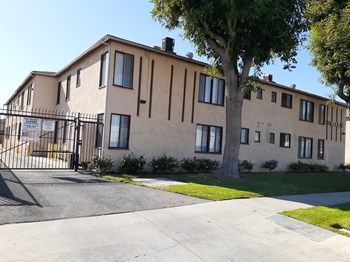 9363-9373 Sylmar Ave 3 Beds Apartment for Rent Photo Gallery 1