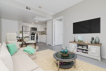 8185 Palmetto Ave 1-2 Beds Apartment for Rent Photo Gallery 1