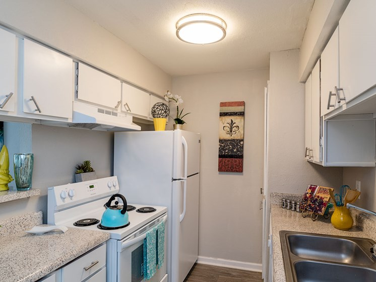 Fully Equipped Eat-In Kitchen at Autumn Park, Texas, 77904