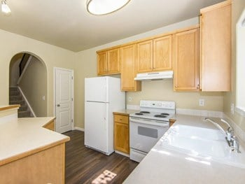 8149 SE Aspen Summit Drive 2-4 Beds Apartment for Rent Photo Gallery 1