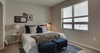 345 20Th Avenue SE 2 Beds Apartment for Rent Photo Gallery 1