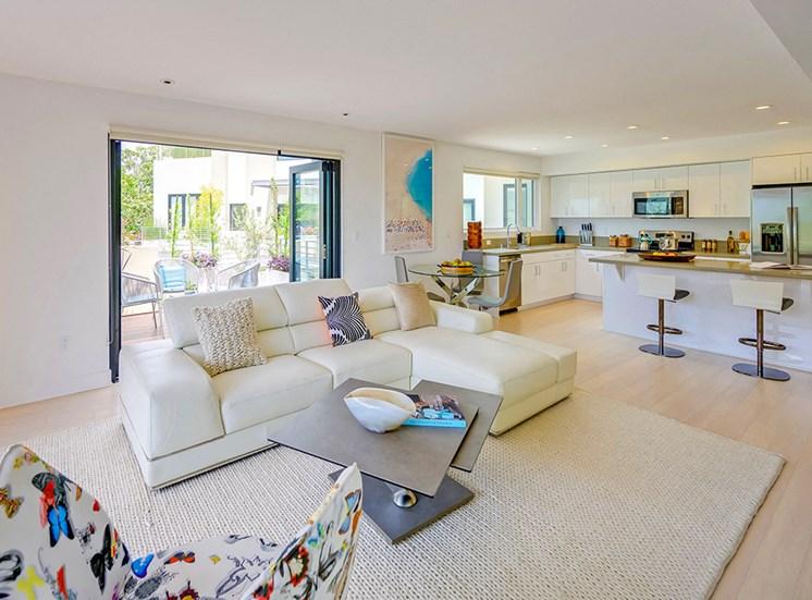301 Ocean Ave, California Living Spaces