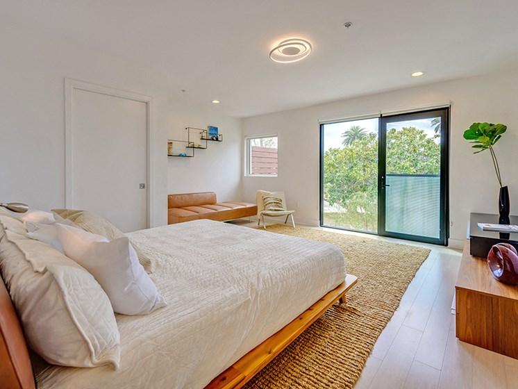 301 Ocean Ave Santa Monica bedrooms
