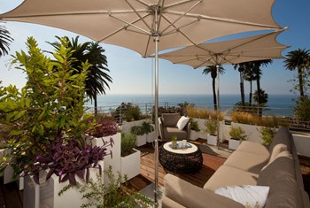 301 Ocean Ave Studio Apartment for Rent Photo Gallery 1