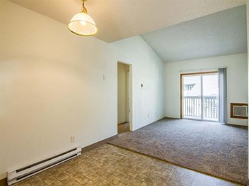 923 Cowl Street 1-2 Beds Apartment for Rent Photo Gallery 1