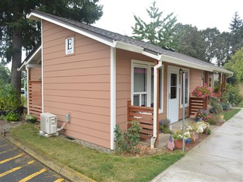 33878 E Columbia Ave 1 Bed Apartment for Rent Photo Gallery 1