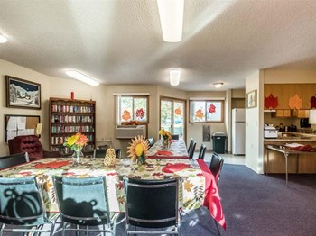 21961 SW Sherwood Blvd 1-2 Beds Apartment for Rent Photo Gallery 1