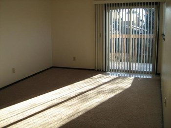 403 Pine Avenue 1-3 Beds Apartment for Rent Photo Gallery 1