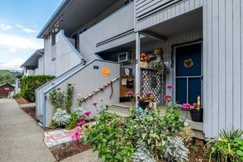 40 Wasco Street Studio Apartment for Rent Photo Gallery 1