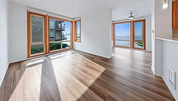 1133 Lake Washington Blvd N Studio-3 Beds Apartment for Rent Photo Gallery 1