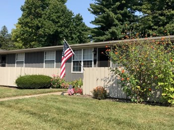 1410 Sheridan Dr. #3A 1 Bed Apartment for Rent Photo Gallery 1