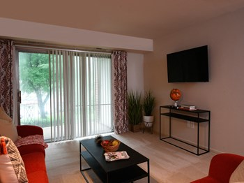 3901 Noyes Circle 1 Bed Apartment for Rent Photo Gallery 1