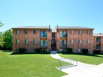 7234 Montgomery Road, 1C 2 Beds Apartment for Rent Photo Gallery 1