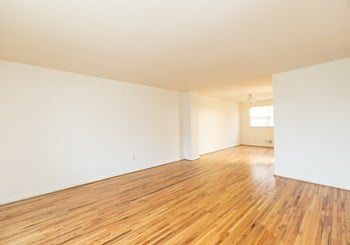1114 Tace Drive, 2D 3 Beds Apartment for Rent Photo Gallery 1