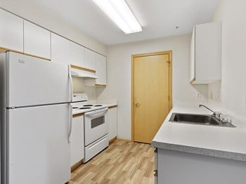 5228 112Th Street SW 1-2 Beds Apartment for Rent Photo Gallery 1