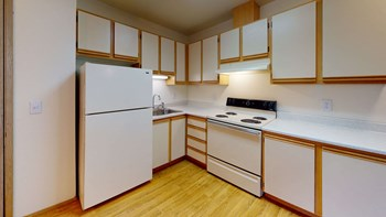 102 10th Street NE, Suite A 1-2 Beds Apartment for Rent Photo Gallery 1