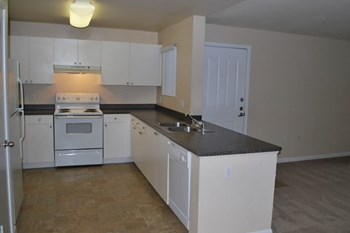 1550 Valley Glen Dr 1 Bed Apartment for Rent Photo Gallery 1