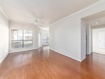 3663 Fairmont Parkway 1 Bed Apartment for Rent Photo Gallery 1