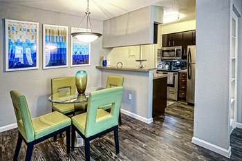 2323 Bay Area Blvd 1 Bed Apartment for Rent Photo Gallery 1